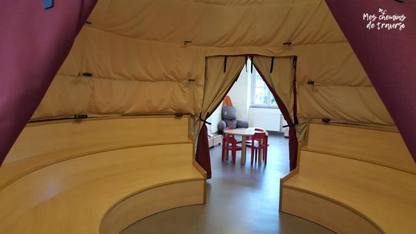 la tente aux contes de la médiathèque de Lannion