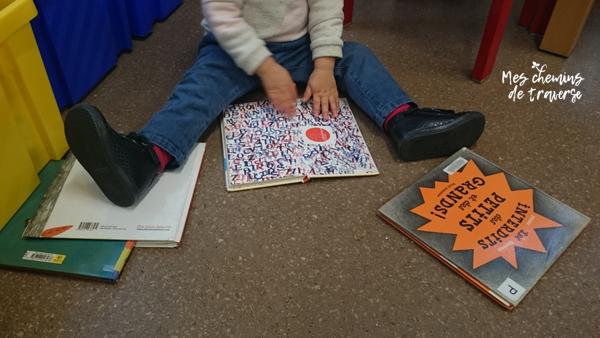 lecture pour les tout petits à la mediatheque de Lannion