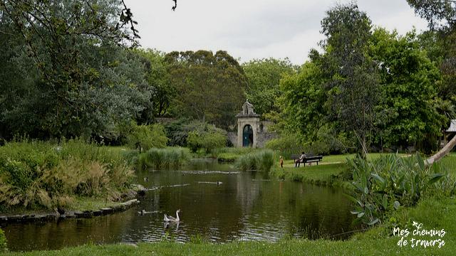 la mare aux canards du parc sainte Anne, Lannion